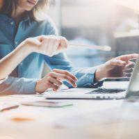 Hoe meet je communicatieve vaardigheden online?