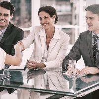 Hoe vraag je subtiel arbeidsvoorwaarden aan recruiters?