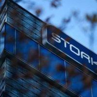 'Stork schrapt een tiende van de banen'