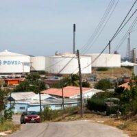 Raffinaderijen Curaçao en Aruba in zwaar weer