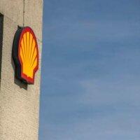'Shell voornaamste kandidaat Eneco-deal'
