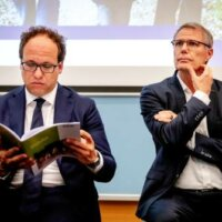 FNV: pensioenkorting moet echt van tafel