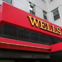 Schikking drukt op winst Wells Fargo
