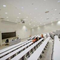 Onderwijsbond wil onderzoek naar overwerk op universiteiten