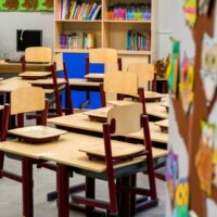 Duizenden scholen dicht tijdens onderwijsstaking