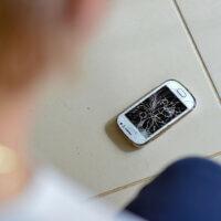 Schade aan je laptop bij thuiswerken? Wie is verantwoordelijk?