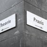 De relatie tussen theorie en praktijk in HRM land