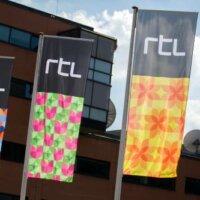 RTL Group ziet inkomsten uit tv-reclame bijna halveren