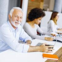 Werken aan werkgeluk: richt je op deze drie pijlers!